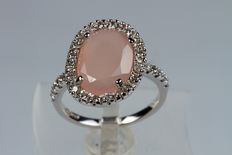 18 kt white gold ring with rose quartz and brilliants- Size: 13