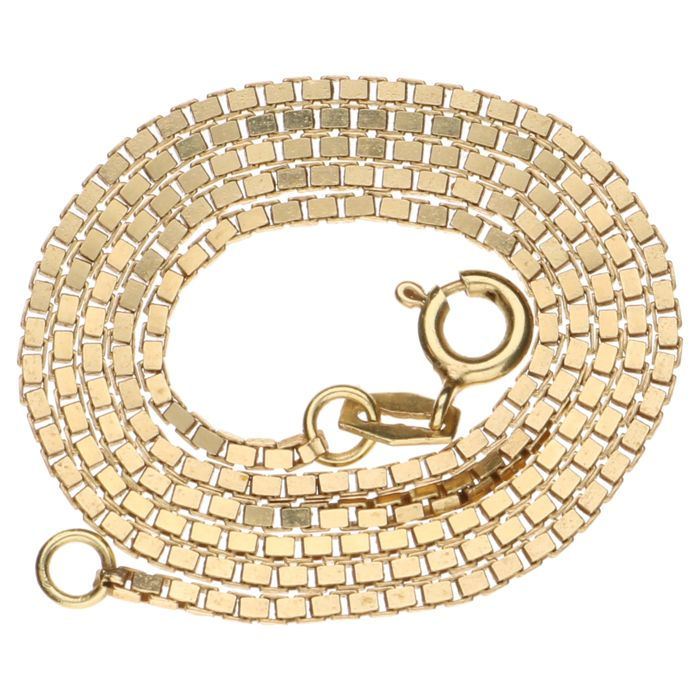 Yellow, 14 kt gold, Venetian link necklace, length: 42 cm.