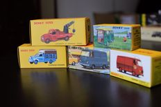 Atlas-Dinky Toys - Scale 1/43 - Lot with 5 models: