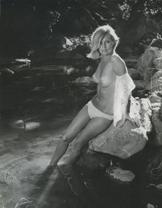 Photo; Jay Arnold - Topless model -  ca 1970