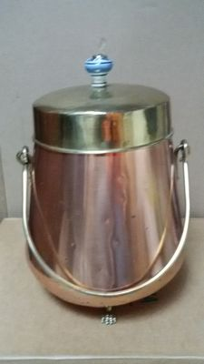 Copper coal scuttle with handle and separate lid