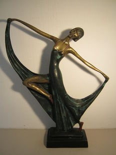 Deon Dickson - bronze statue of a dancer - 36.5 cm high and over 2 kg