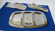 Serving trays, eight units with silver reflections, manufacturer Luis Espuñes 1840 Madrid Spain