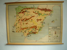 Beautiful school map of Spain by Baker and Rusch from the 1950s. Also Portugal is on it.