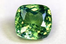 Alexandrite (Color Change: Green / Light Brownish Red) - 1.13 ct