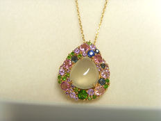 18K gold natural Prehnite Pendant  and Necklace Colored gemstone