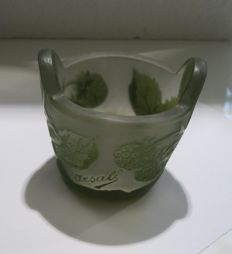 Arsall - Cameo glass - Small bowl overlaid and etched, signed