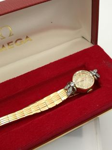 Ladies Omega 1950, collection. Gold and diamonds.