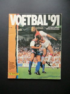 Panini - Voetbal 91 - Complete album - Contains over 70 original signatures of top players.