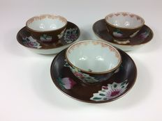 Three sets cups and saucers - China - 18th Century