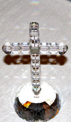 Swarovski - Jubilee light cross