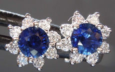 Cocktail earrings – Sapphires (0.80 ct) – Diamonds (0.60 ct – F-VS).