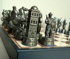 "Collectible metal chess ""Arabs vs Templars"""