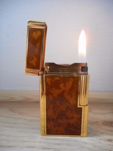 S.T. Dupont Lighter series Line 1 Chinese Lacquer in its box
