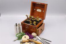 Electrotherapy set from 1898 by Albert Klein, Gand Belgique