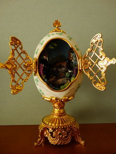 House of Fabergé -  - Collector egg -The Emerald Isle