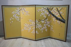 Hand-painted folding screen in rice paper – Japan – First half of the 20th century