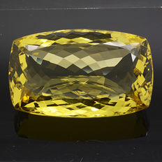 Lemon Quartz of 72.03 ct