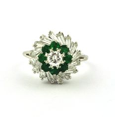 Trapeze & Round Brilliant Diamond 1.25ct (F/VS2) with Emeralds 0.32ct set on Platinum 950 Ring - Size 53 (resizable)