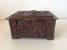 Bronze jewelry box-first half of the 20th century