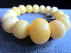 Natural Amber bracelet in white yellow colour, natural, not modified Amber 25,6 grams