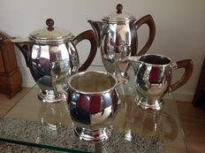 4 part large coffee- and tea set with wooden handles