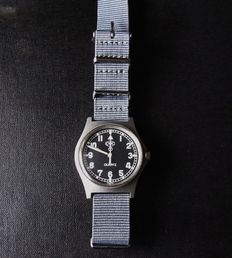 CWC military swiss gents wrist watch. date made may vary. circa 1980s to 1990s.