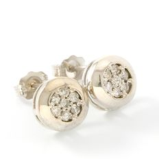 14kt  White Gold Stud Earrings Set with Diamonds