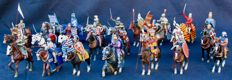 Altaya - Scale 1/32 - Batch of 24 hand-painted lead cavalrymen, 2000s