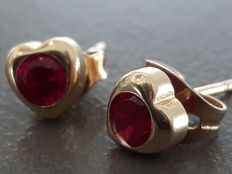 14 kt gold earrings with red stones -- 12 mm