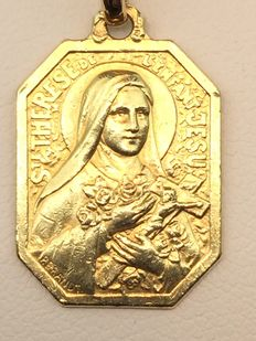 750 gold medallion necklace - St. Theresa