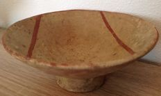 Pre-Columbian Cuasmal Carchi pottery bowl with geometric lines - Colombia - 20 cm diameter