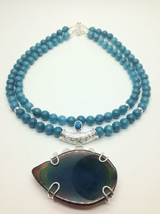 Two-row natural aquamarine necklace with natural agate and topaz pendant with 12 x 925 sterling silver beads and clasp. 39cm and 44cm long