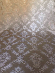 Victorian style San Leucio damask fabric, 16.5 m, silver details, hazel colour, height 145 cm, Italy, 20th century.