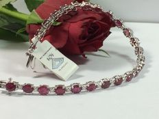 Exclusive ladies' 18 kt white gold bracelet with diamonds and rubies with IGI certificate