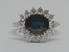Gold 18 kt, diamond (1.20 ct) sapphire ring - in total: 5.20 ct - Ring size 50..