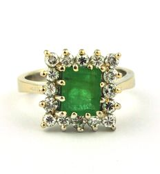 Emerald & Diamond (0.65ct) White 18k Gold Ring