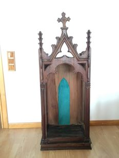 Niche for religious images - Neo-Gothic- walnut wood- late 19th century