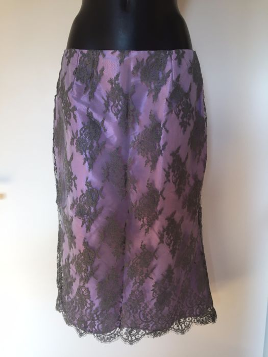 Oni Onik – gala skirt in lilac with silver grey overlay