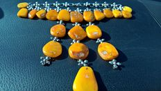 Amber necklace, orange/egg yolk, length 40 cm., weight: 80.6  gr., amber 64 gr.,  Kaliningrad
