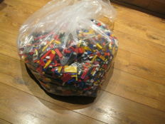 Assorted - 14 kg Lego