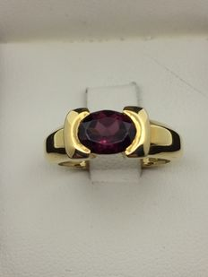 750 gold ring No 52