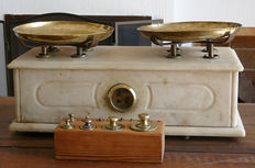 Marble table scales - Barcelona - ca. 1880