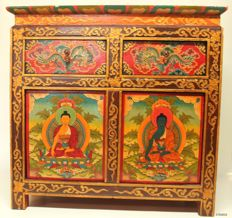 Wooden cupboard, hand-painted - Tibet - second half 20th century.