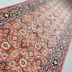 Beautiful Indo Bidjar runner – 303 x 82 cm – very good condition – with certificate