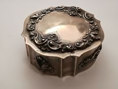 Portuguese silver 20th century: Box with lid