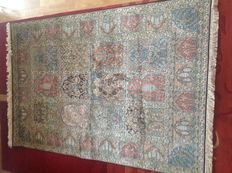 Handmade carpet from India, Orient carpet 1.88 x 1.28 m, 21st century.