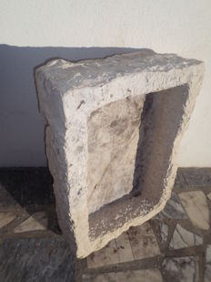 Old cut stone water tank - Early 20th century