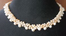 Cultured Freswater Pearl Necklace With Red Box