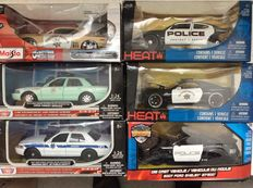 Jada / Maisto - Scale 1/24 - Lot with 6 police models: Dodge Charger R/T 2006, Ford Shelby GT 500 2007, Chevy Camaro SS 2010, Dodge Challenger SRT 8 2010 and Ford Crown Victoria Police Interceptor 2007